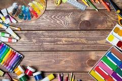 Artículos para la creatividad del ` s de los niños imagen de archivo libre de regalías