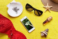Artículos para las vacaciones de verano Imagen de archivo libre de regalías