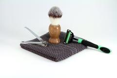 Artículos para hombre el afeitar y de la preparación Fotos de archivo libres de regalías