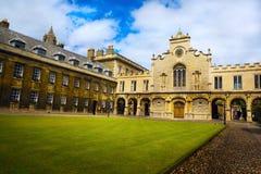 Art Cambridge University och högskolakapell Arkivfoton