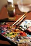 Art?culos a pintar con las pinturas de aceite foto de archivo libre de regalías