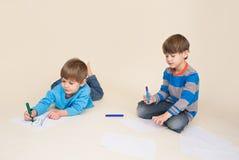 Art d'enfants, dessinant images stock
