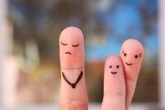 Art de doigt de famille pendant la querelle Le concept de l'enfant est des amis avec sa mère Photographie stock libre de droits