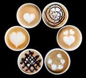 Art de Latte dans la tasse photos stock
