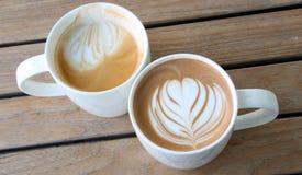 art de latte dans la tasse de café Images libres de droits