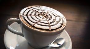 Art de Latte dans le petit déjeuner de matin Images libres de droits