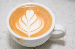Art de Latte de tasse de café photographie stock libre de droits