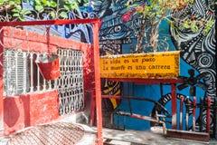 Art de rue en Callejon de Hamel image stock