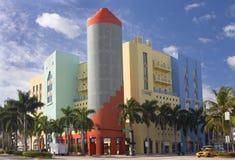 Art Deco Building i Miami Beach Fotografering för Bildbyråer
