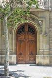 Art Deco drewniany drzwi w Barcelona Zdjęcie Stock