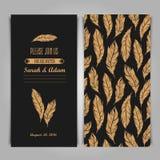 Art Deco Elegant-Einladungsweinleseschablone mit goldener Feder Stockfoto