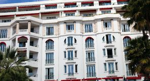 Art Deco hotell i Cannes franska riviera, medelhavs- kust, Eze, Saint Tropez, Monaco och Nice royaltyfri foto