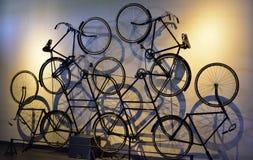 Art Decor fantástico, diseño adornado compuso de ciclos retros del estilo Imagen de archivo