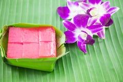 Art des thailändischen Konfekts, multi Schicht-süßer Kuchen (Kanom Chan) lizenzfreie stockfotografie