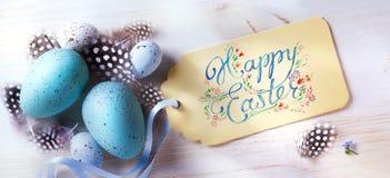 Art Happy Easter; festlig bakgrund med easter ägg och holida Royaltyfri Fotografi