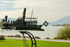 Art moderne au rivage de luzerne de lac à Kussnacht AM Rigi dans Switzer Photos stock