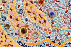 Art. muur van het achtergrond het kleurrijke glasmozaïek. Stock Foto's