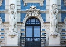 Art Nouveau byggnad i Riga fotografering för bildbyråer
