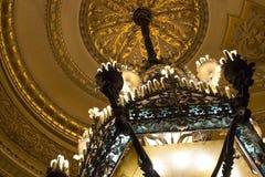 Art Nouveau Chandelier in Oud Theater stock foto