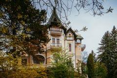 Art Nouveau eller Liberty Stile villa royaltyfri foto