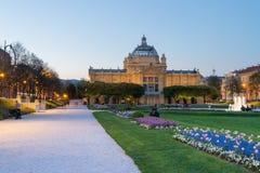 Art Pavilion au crépuscule en Zagreb Croatia photo stock