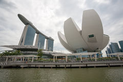 Art Science Museum und Marina Bay Sands lizenzfreies stockbild