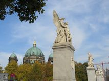 Art Sculpture pubblico a Parigi immagine stock