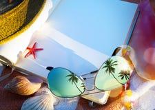 Art Summer begrepp av sommarstrandferie Royaltyfria Bilder