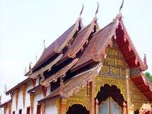 Art sur le hall d'image de Bouddha dans le vieux temple thaïlandais du nord 4 Images stock
