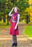 Art und Mode-Konzept und Ideen: Junges kaukasisches weibliches Brun stockbilder