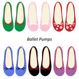 Art und Weise der Frauen bereift Ballett-Pumpen Lizenzfreies Stockfoto