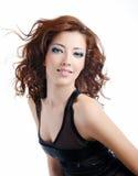 Art und Weisebaumusterfrau mit den geblasenen Haaren Lizenzfreie Stockbilder