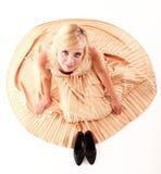 Art und Weisebaumusterkleid der Frau blondes getrennt Lizenzfreies Stockfoto