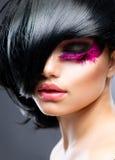 Art und Weisebrunette-Portrait Lizenzfreie Stockfotos
