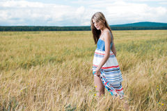 Art und Weisefoto der jungen schönen Frau Stockfotos