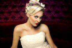Art und Weisefoto der schönen Frau Lizenzfreie Stockfotografie