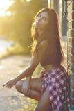 Art und Weisefoto der schönen Frau stockbild