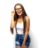 Art und Weiseportrait der hohen Art und Weise look stilvolles schönes Modell der jungen Frau des Zaubers Stockfotos