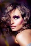 Art- und Weiseschönheits-Portrait Stockfoto