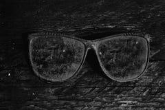 Art und Weisesonnenbrillen Abbildung der roten Lilie Lizenzfreies Stockbild