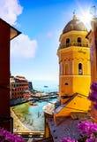 Art View av romantisk Seascape i Vernazza, Cinque Terre, Liguria Royaltyfri Fotografi