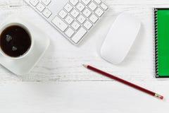Artículos de escritorio de trabajo Imagen de archivo libre de regalías