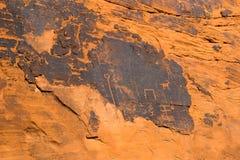 Arte antiguo de la roca y talla en el valle del parque de estado del fuego, sur imágenes de archivo libres de regalías