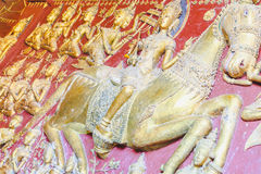 Arte antiguo en Wat Mahathat Templo de Tailandia meridional fotografía de archivo
