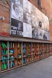 Arte brillante y colorido visto en el distrito del teatro, Boston céntrica, masa, 2016 de la calle Foto de archivo