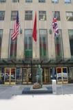Arte contemporanea su esposizione alle sedi principali del ` s di Christie alla plaza di Rockefeller a New York Fotografia Stock