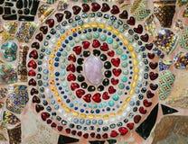 Arte cristalino colorido del fondo en el templo de Phasornkaew Fotografía de archivo libre de regalías