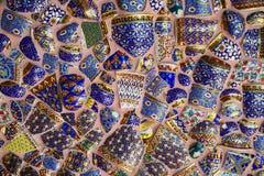 Arte cristalino colorido del fondo en el templo de Phasornkaew Fotografía de archivo
