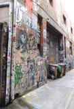 Arte da rua e escaninhos de lixo em Melbourne Fotografia de Stock