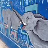 Arte da rua - elefante imagens de stock royalty free